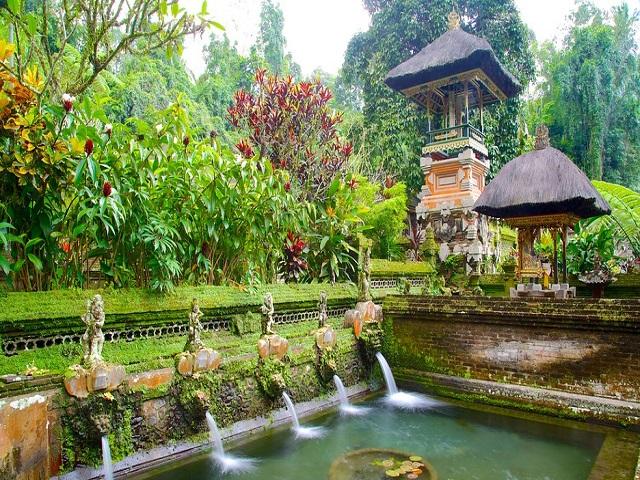 Cuốn hút vẻ đẹp thiên đường xanh Bali
