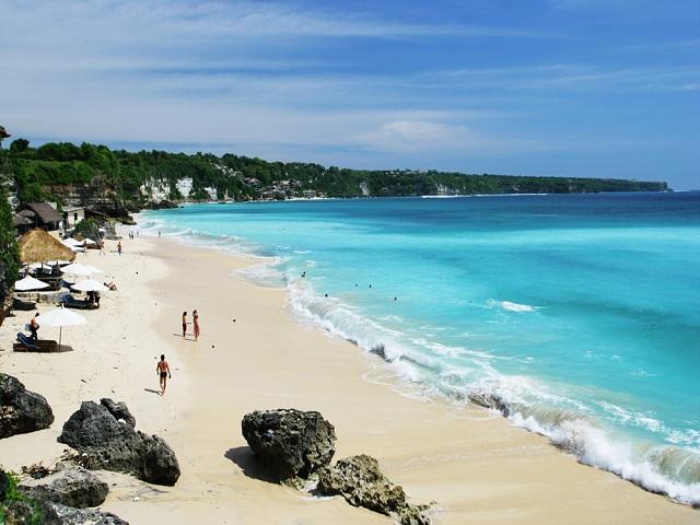 Đắm chìm vào những bãi biển quyến rũ ở Bali