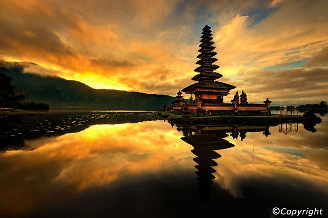 Top 5 ngôi đền phải ghé thăm khi đến Bali